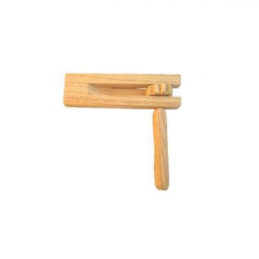 Wood rattle