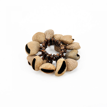 Pangi seed rattle for wrist - ROOTS