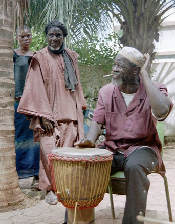 © Didier Patris - FESTIP 2003 de Bamako - Le maître malien Séga Sidibé